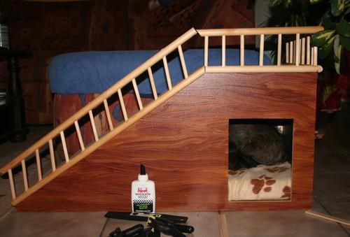 rampe fuer couch oder bett mit hoehle von livvy